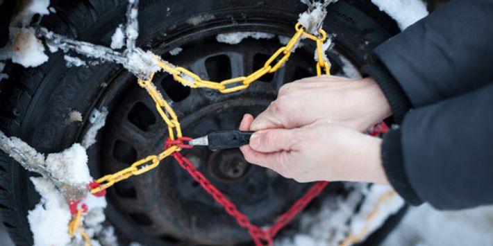 Consigli e raccomandazioni sul montaggio e l'uso delle catene da neve