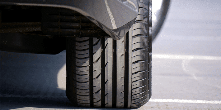 Guidare con pneumatici runflat in caso di foratura