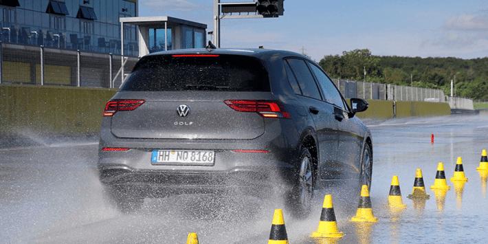 Test pneumatici 4 stagioni: grande test comparativo di Auto Bild su 32 pneumatici all season per city car e auto compatte