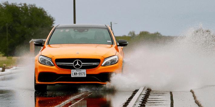 Test pneumatici UHP di Auto Bild su una Mercedes AMG