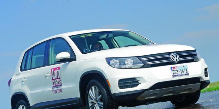 Test pneumatici per SUV stradali: AutoExpress ha testato sul bagnato otto pneumatici per SUV