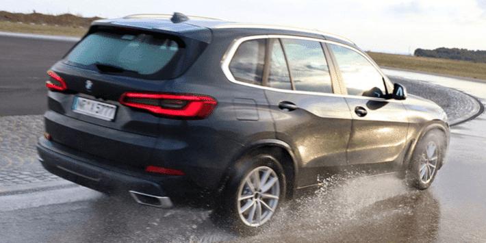 Test pneumatici estivi 4x4 e SUV: Auto Bild mette a confronto dieci pneumatici per SUV e 4x4 su una BMW X5