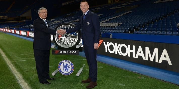 Annuncio ufficiale della partnership, M. Noji di Yokohama e John Terry del Chelsea FC